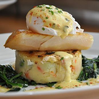 Smoked haddock fillet, bubble & squeak, soft-poached egg, spinach